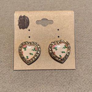 Betsy Johnson | Heart Stud Earrings